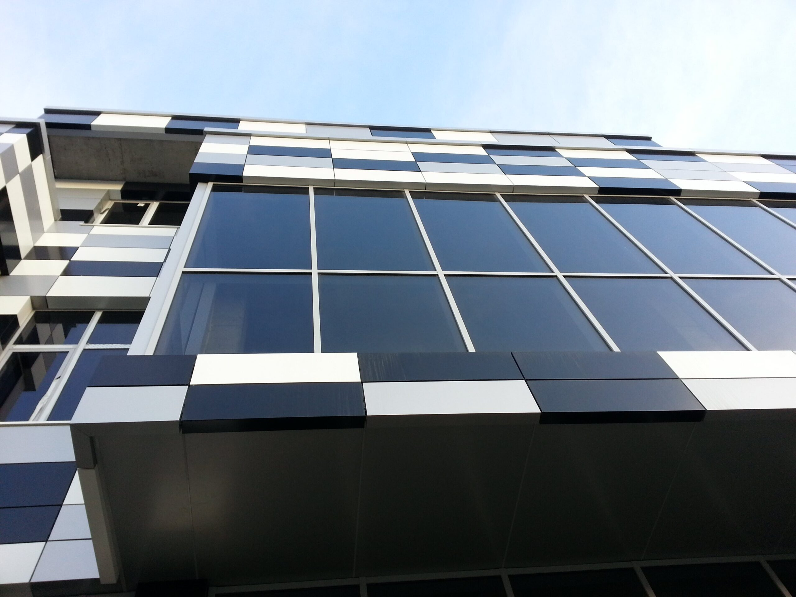 What is Price of ACP Sheet? Factors Impacting the ACP Sheet Prices - Envitect